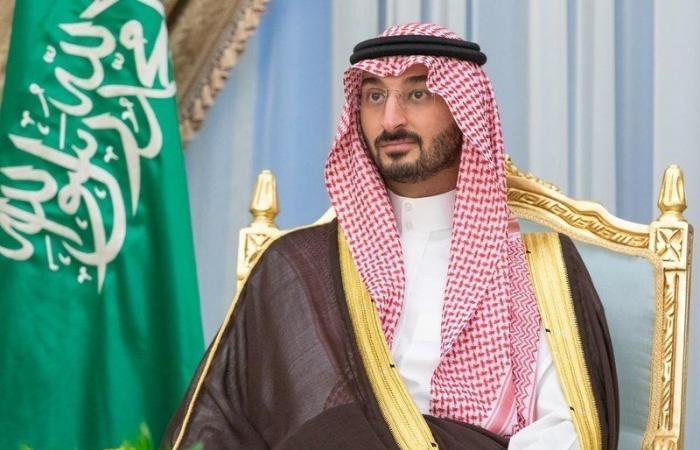 وزير الحرس الوطني يهنئ خادم الحرمين وولي العهد بحلول شهر رمضان المبارك