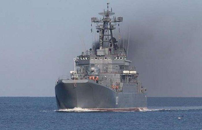 حرب أم مناورة؟.. روسيا تكثف وجودها في البحر الأسود مع اشتداد التوترات مع أوكرانيا