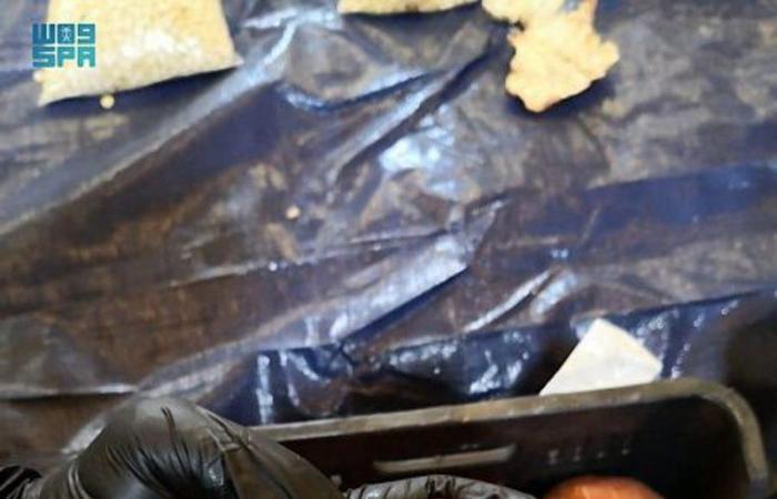 """""""الجمارك"""": إحباط تهريب 5.3 مليون حبة كبتاجون مخبأة في فاكهة """"رمان"""" واردة من لبنان"""