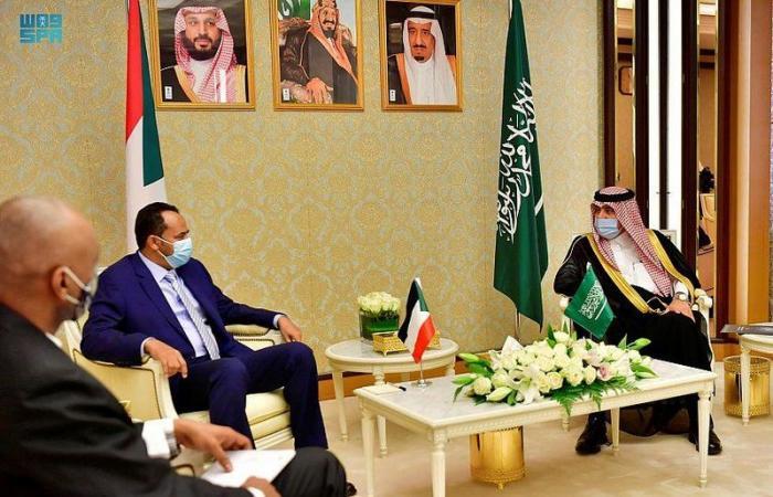 بحث تعزيز التعاون الإعلامي المشترك بين السعودية والسودان