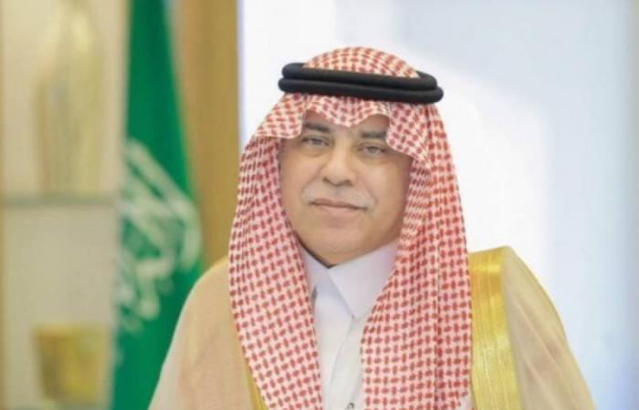 وزير الإعلام المكلف يناقش مع نظيره البحريني الشؤون الإعلامية الخليجية والعربية