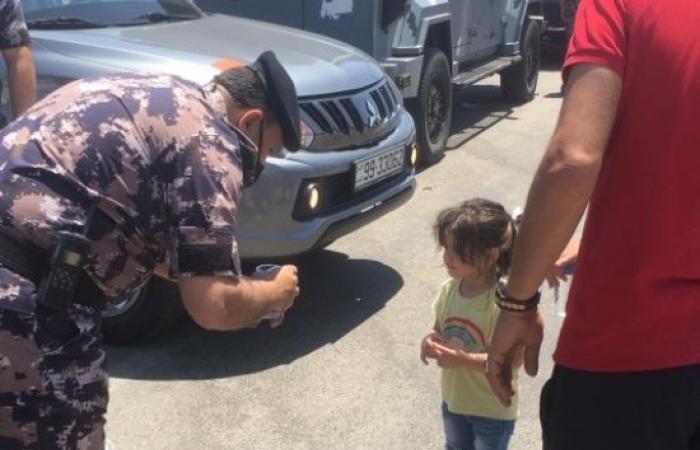 الدفاع المدني يقدم خدمات الاسعاف في موقع الفعالية في منطقة الشونة