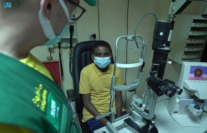 """""""إغاثي الملك"""" يختتم مشروع مكافحة العمى والأمراض المسببة له بالسودان"""
