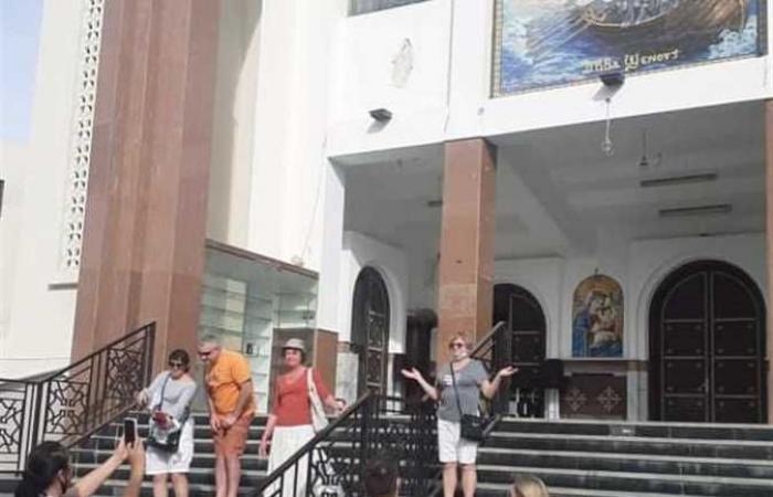 إقامة قداس أسبوعي باللغة الإنجليزية بأحد كنائس الغردقة