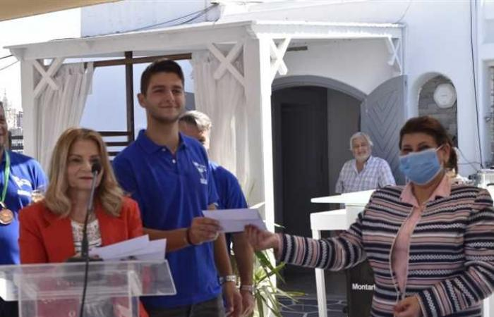تكريم الحاصلين على بطولة الجمهورية الأولى في صيد الأسماك بالإسكندرية (صور)