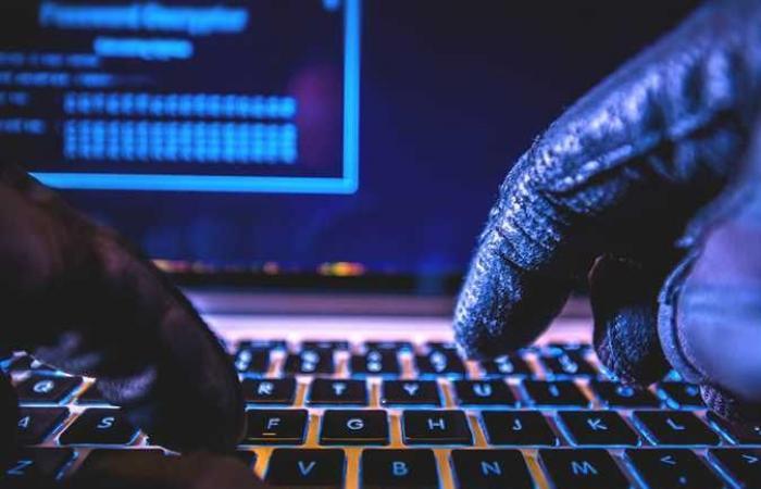 هجوم إليكتروني يشل وزارة الدفاع الروسية