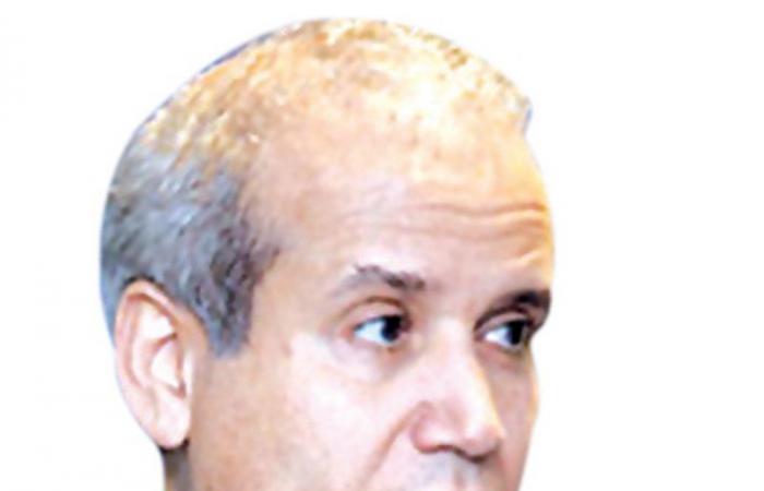 """سقوطهم تأخر.. محلل سعودي: """"الإخوان"""" عطلوا البرلمان والحكومة في تونس"""