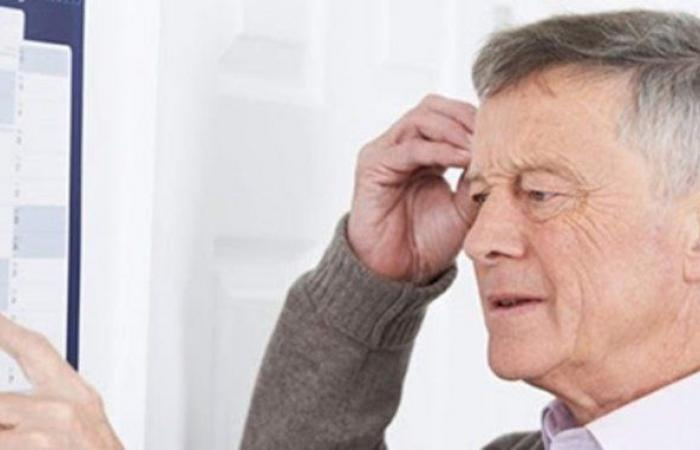 7 علامات مبكرة تنذر بالإصابة بالخرف.. تعرف عليها