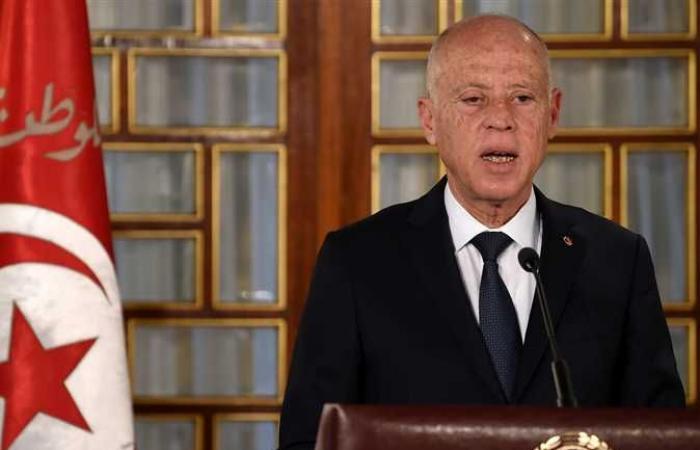 قيس سعيد يطالب التجار بتخفيض الأسعار والتحلي بروح الوطنية