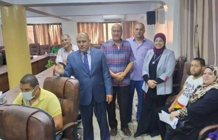 وزير القوي العاملة يتابع صرف معاش الشيخوخة لمصري كان يعمل في إيطاليا