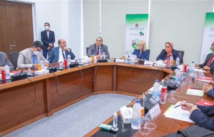 وكيل «رجال أعمال الإسكندرية» يقترح حلا للمشاكل التكنولوجية والإدارية (صور)