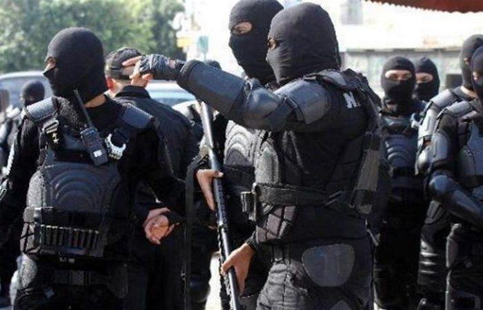 """الأمن التونسي يضع قاضٍ مقربًا من """"النهضة"""" تحت الإقامة الجبرية"""