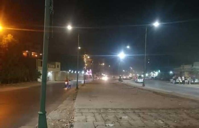الجيزة: إنارة شوارع كفر الجبل استجابة لشكاوى المواطنين (صور)