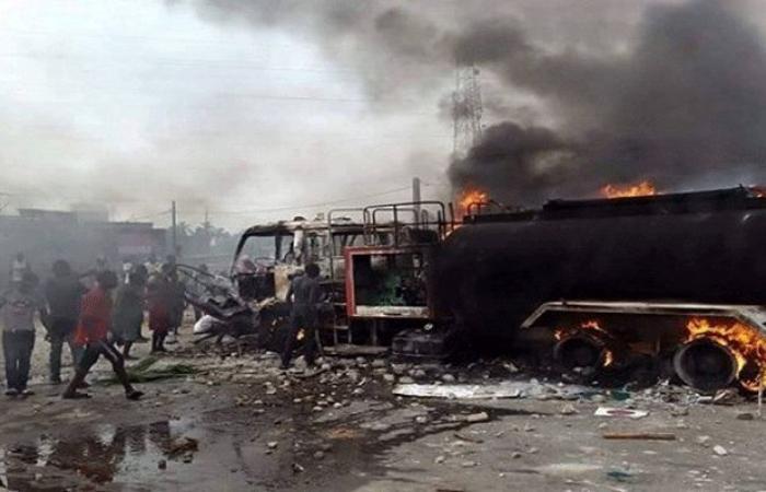 تفحم 33 شخصاً في تصادم حافلة ركاب بشاحنة وقود في الكونغو