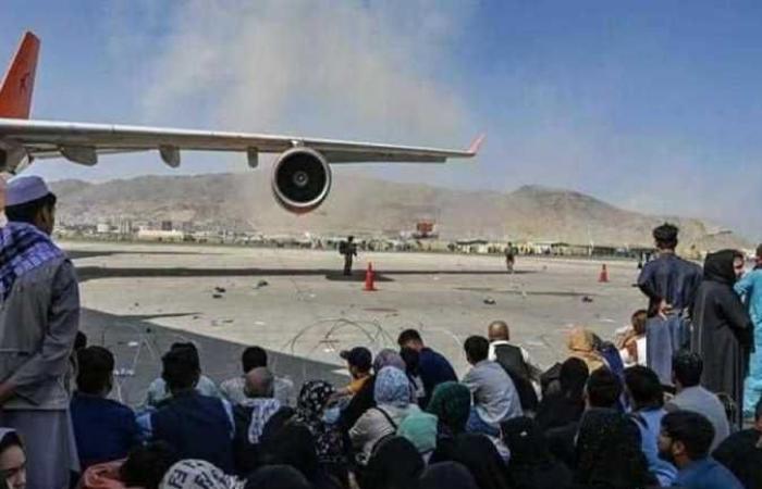 مسؤول أمريكي: انتحاري من «داعش» المسؤول عن انفجار مطار كابول