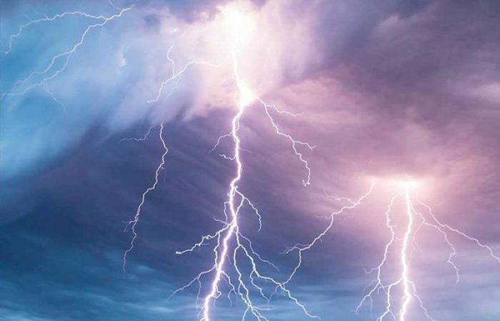 """""""الوطني للأرصاد"""" ينبّه من هطول أمطار رعدية على الطائف"""