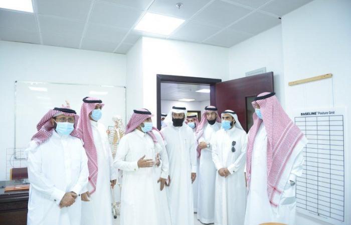 رئيس جامعة خالد يطلع على استعدادات الكليات لانطلاق العام الدراسي الجديد