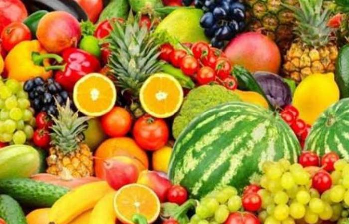 لا تكثر من تناول الفاكهة.. تعرف على الأسباب