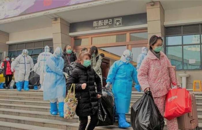 الصين تطلب رسميًا من «الصحة العالمية» فحص مختبرات أمريكية بحثًا عن أصل كورونا
