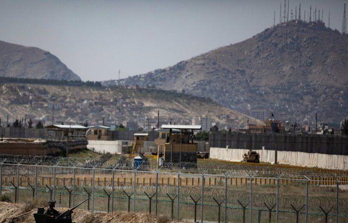 """""""البنتاغون"""" يعترف: جنود أمريكيون بين ضحايا تفجيري محيط مطار كابول"""