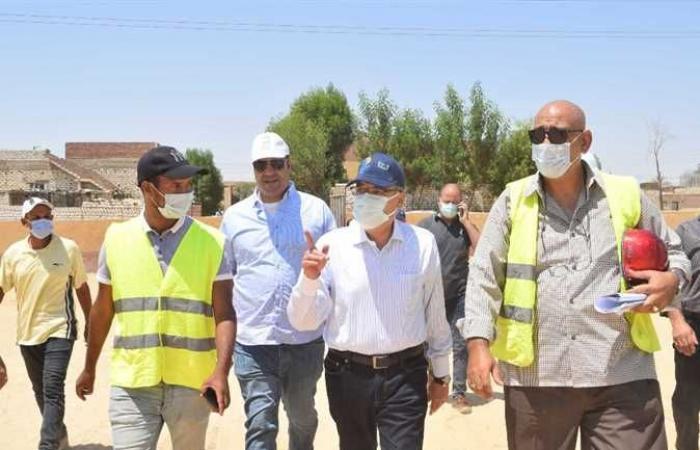 """مياه المنيا : حملات توعية ب """" حياة كريمة """" في قرية معصرة ملوي"""