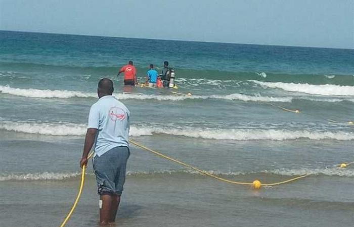 وضع علامات تحذيرية.. إجراءات جديدة للحد من حوادث الغرق بشواطئ القصير