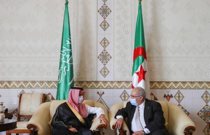وزير الخارجية السعودي يصل إلى الجزائر في زيارة رسمية