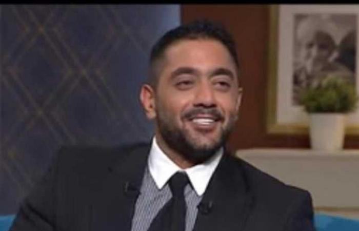 أحمد فلوكس يعلن براءته من «إزعاج رجل أعمال» : سيكون شهرا مليئا بالردود الربانية