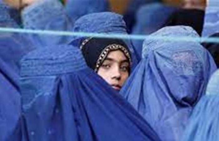 حركة «طالبان» تعيد فتح المدارس أمام البنين في المرحلة الثانوية والفتيات حتى الابتدائية