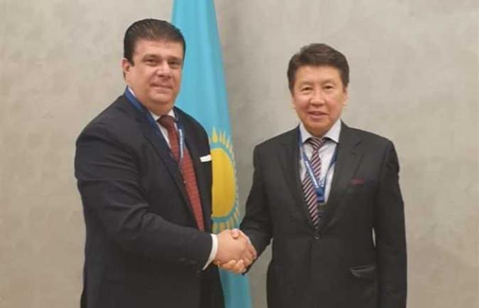 حسين زين يلتقى رئيس قناة الأخبار بكازاخستان