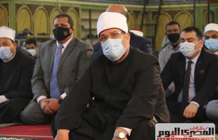 وزير الأوقاف في خطبة الجمعة بالغردقة: الوطن تاج علي رؤوس الشرفاء