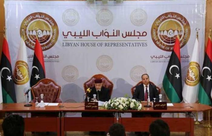 النواب الليبي يشكل لجنة للتحقيق مع الحكومة