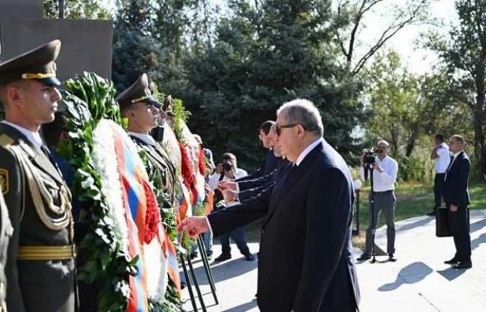 الرئيس الأرميني: الذكرى الـ 30 لاستقلال البلاد تأتي تزامنا مع حرب راح ضحيتها آلاف الشباب