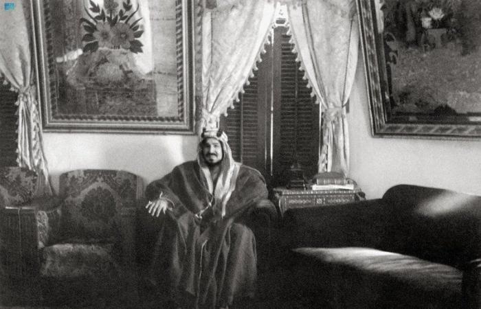 50 عاماً في حياة الملك عبدالعزيز.. تشريعات إدارية ترسّخ القيم الاجتماعية تحت مظلة الدولة العصرية