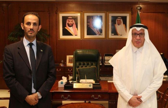 السفير السعودي بأستراليا يستقبل القائم بأعمال الملحقية