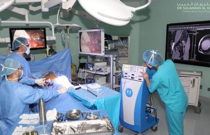 مستشفى سليمان الحبيب بالخبر ينقذ ثمانينيًّا تعرض لمضاعفات حادة نتيجة ورم بالأمعاء