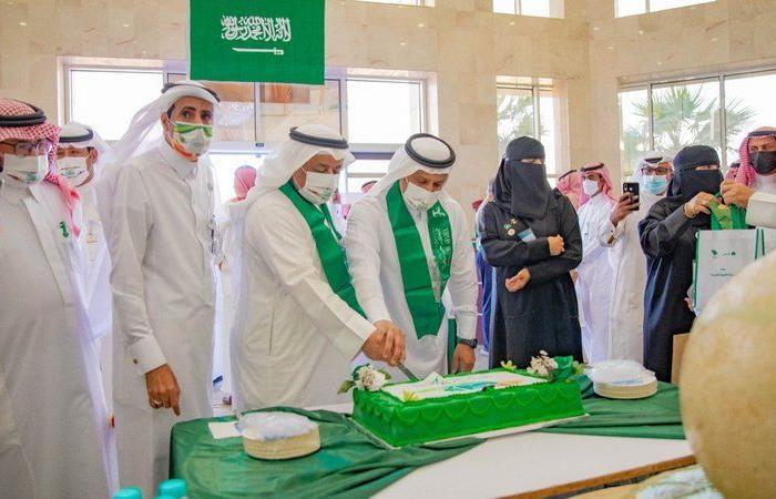 """""""موارد القصيم"""" يحتفل باليوم الوطني ويكتسي اللون الأخضر"""