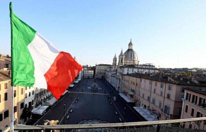 إيطاليا تحقق مع رئيس التواصل الخاص بسالفيني