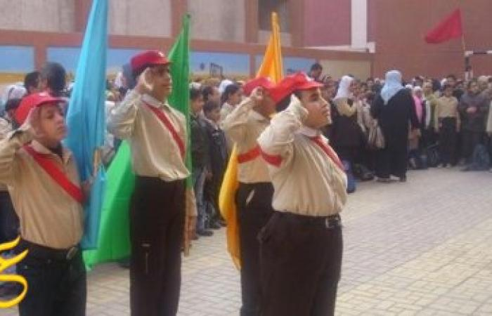 """إستبعاد مديرة مدرسة بدمياط بعدد ترديد طالب في تحية العلم """"تحيا الفول والطعمية"""""""