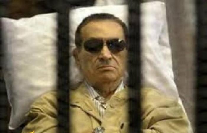 مفاجأة.. العادلي يكذِّب مبارك في محاكمة القرن