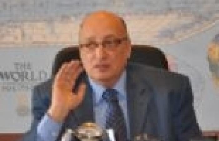 """رئيس قطاع الأخبار يعقد اجتماعا مع العمال المضربين في قناة """"النيل"""""""