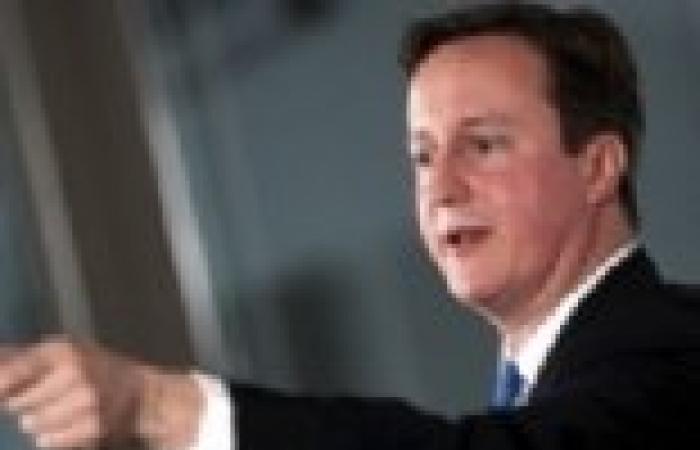 كاميرون: دلائل على أن مقتل رجل في لندن حادث مرتبط بالإرهاب