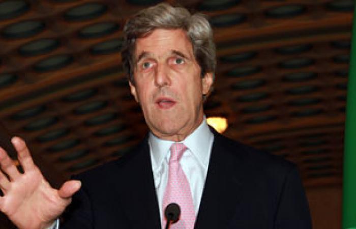 جون كيرى: نريد حكومة انتقالية بدون الأسد