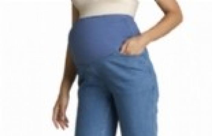 أطباء بريطانيون: السفر بالطائرة لا يشكل خطرا على الحامل حتى الأسبوع 37