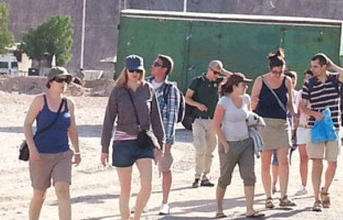 الصين تأمل استقرار أوضاع الشرق الأوسط لزيادة التبادل السياحى مع مصر