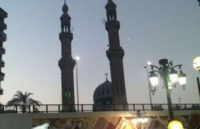 مكبرات الصوت ومنشورات بمساجد المحلة تدعو لعدم سداد فواتير الكهرباء