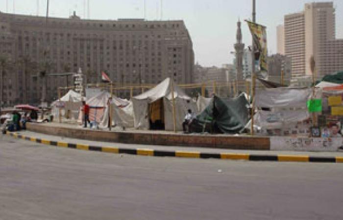 """حلقات نقاشية بين متظاهرى التحرير حول إمكانية رحيل """"مرسى"""""""