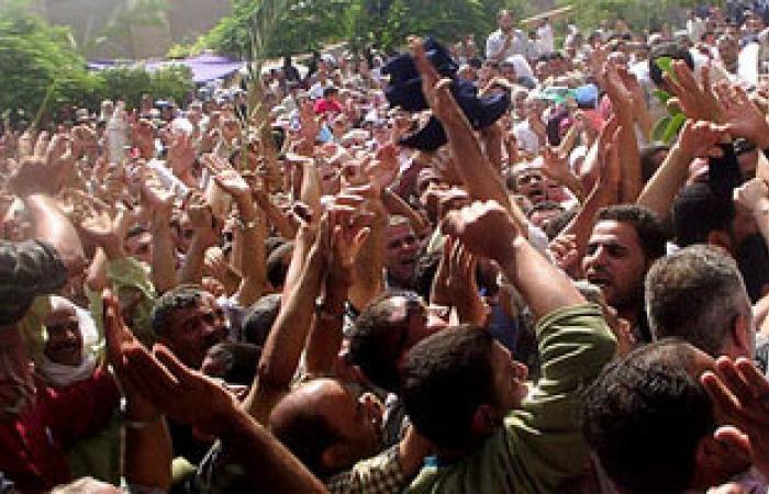 """""""عمال الإسكندرية"""" يطالب بحل مشكلة عاملى """"كابو"""" بعد توقف الشركة"""