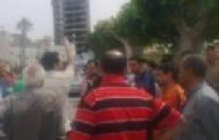 """اشتباكات بين إخواني ونشطاء بعد وصفه الثوار بـ""""الفلول"""""""