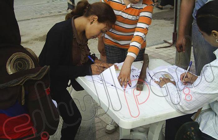 """بالصور.. حزب الدستور بالإسكندرية يواصل جولات """"تمرد"""" بكرموز"""